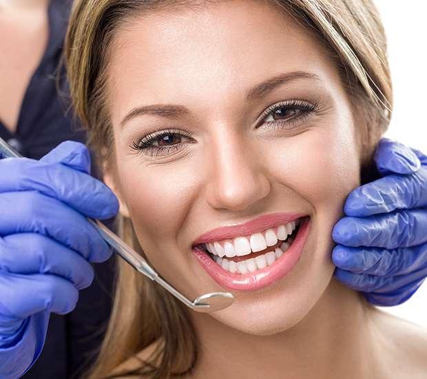 Dunwoody Teeth Whitening at Dentist